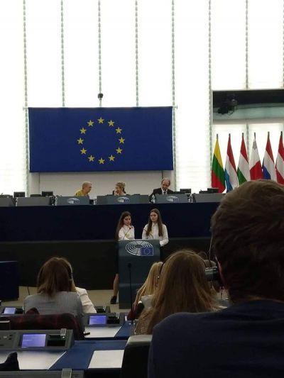 Посещение на Страсбург от група ученици от ПГИ Г.С.Раковски Ямбол и участие в Деня на Евроскола (Day of EUROSCOLA) - Изображение 2