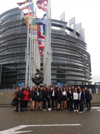 Посещение на Страсбург от група ученици от ПГИ Г.С.Раковски Ямбол и участие в Деня на Евроскола (Day of EUROSCOLA) - Изображение 3