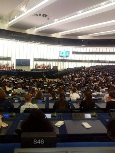 Посещение на Страсбург от група ученици от ПГИ Г.С.Раковски Ямбол и участие в Деня на Евроскола (Day of EUROSCOLA) - Изображение 5